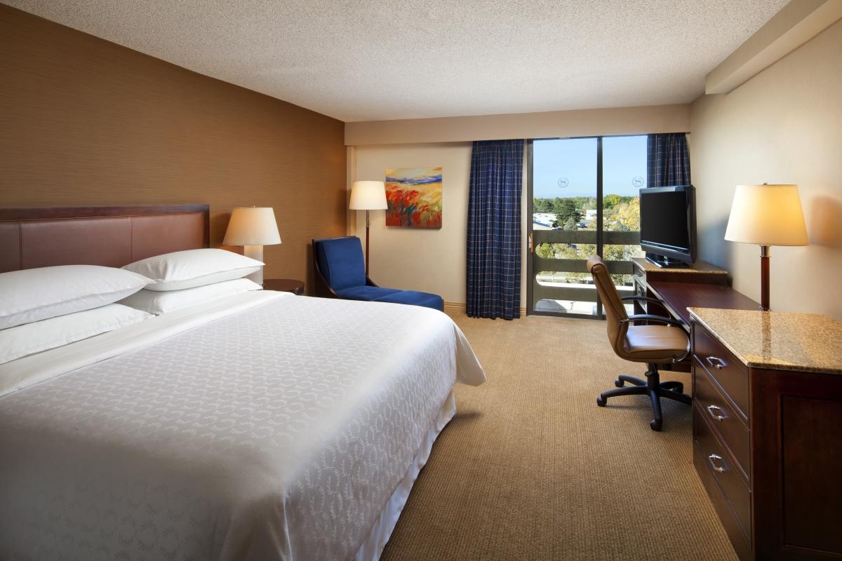 Deluxe City View 2 Queen Beds