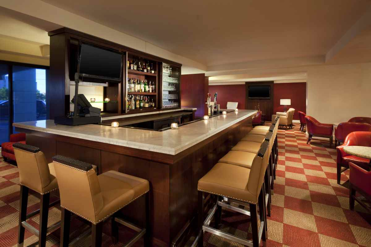 Lobby Bar & Lounge